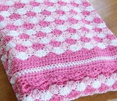 Mommy looks how lovely this pattern crochet blanket made for your baby, you can not miss from wat...