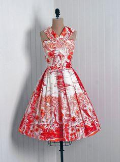 "Hawaiian Tropical Print Sun Dress-""pinner sez looks like Alfred Shaheen"" Vintage Outfits, 1950s Outfits, Vintage Dresses, 50s Dresses, Pretty Dresses, Beautiful Dresses, Fashion Dresses, 1950s Style, 1950s Fashion"