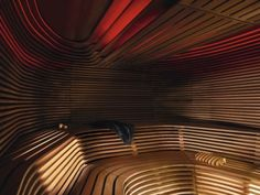 Sauna manufacturer and spa outfitter KLAFS designs, plans and builds saunas, steam baths, pools and showers for hotels, public swimming pools and spas. Swedish Sauna, Finnish Sauna, Sauna Steam Room, Sauna Room, Saunas, Duravit, Dark Interiors, Colorful Interiors, Jacuzzi