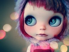 blythe reminds me of my friend, same color hair! Lol
