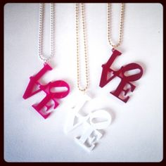 LOVE ketting van One Day Shopp