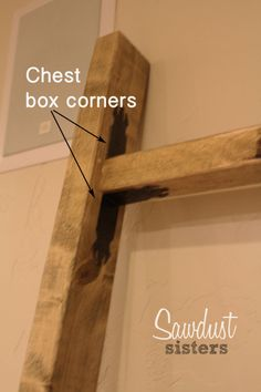 Easy to build-Blanket ladder tutorial. Add decorative detail with these cute corner guards! Sawdustsisters.com