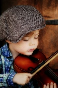 the violinist | this is my friends little boy...he was a per… | Flickr