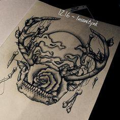Disponible ; 35 €  #draw #drawing #sketching #tattoosketch #tattoodesign #tattooflash #tattoodraw #roses #realistictattoo #realism #blacktattoos #darkartists #floraltattoo #horns #bones #fullmoon #smoke #skull #skulltattoo