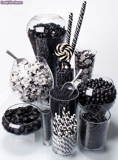 Rock Candy Chewy Nuggets - Black Cherry: Tub Rock Candy Chewy Nuggets – Black Cherry: Tub Love this black and white candy bar idea! Black White Parties, Black And White Theme, All Black Party, Black And White Party Decorations, Black N White, White Decor, Festa All Black, Jack Und Sally, Dulces Halloween
