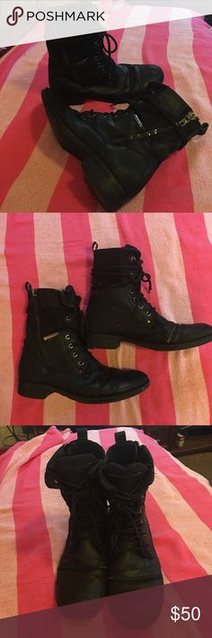 J75 Trooper 3 black combat boots sz 7.5 My favorite boots! 😬 Worn but still have a lot of life left in them. Black combat boots by J75, name of them is Trooper 3, they have a few minor scuffs nothing terrible, there are zippers on the outer side of each boot, laces are in good condition besides the one is missing the hard clear plastic at the end, the top of the boots are made of a heavier material the rest is leather.. These are a men's 7.5 they fit a 9 in women's J75 Shoes Boots