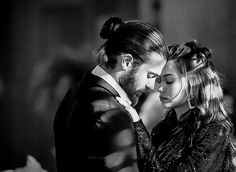 Can Yaman North America, Los Angeles, California. likes · talking about this. Movie Couples, Cute Couples, Famous In Love, Cute Love Couple, Beautiful Couple, Relationship Pictures, Romantic Photos, Marriage Problems, Foto Instagram