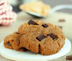 PB Gingerbread Chocolate Chunk Cookies (65 cal)    http://wakeuphealthy.tumblr.com/post/37795790635/pb-gingerbread-chocolate-chunk-cookies-peanut