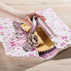 Kostenlose Anleitung für ein Kuchentasche - so wird der Kuchen sicher und auch noch hübsch transportiert.