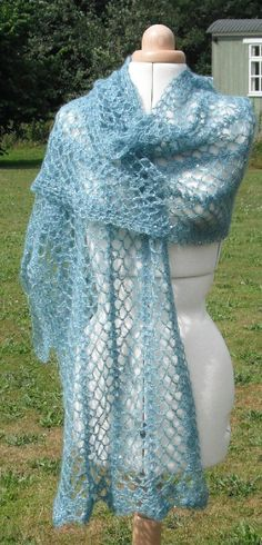 Glamour wrap / super gorgeous!! / such a beautiful colour too / beginner / CROCHET pattern