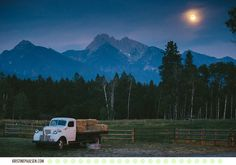 Over the Moon in Love :: Amanda & Raker's Sky Ridge Ranch Wedding in Ronan, Montana - Photos by Kristine Paulsen Photography