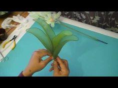 FREE VIDEO TUTORIAL ~ Fabrication d'une orchidée Cymbidium en collant / Nylon Cymbidium Orchid - YouTube
