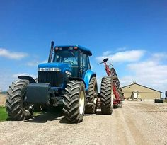 NEW HOLLAND 8670 FWD Ranch Riding, New Holland Tractor, Future Farms, Ford Tractors, Ford News, World, The World, Peace, Earth