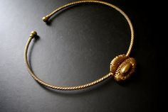 Art nouveau vintage 90s gold  tone metal  rope style by VezaVe