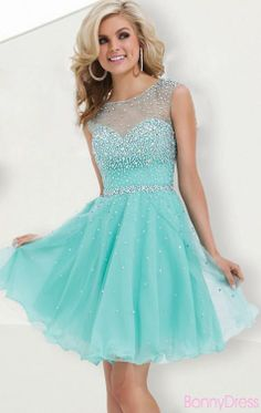 "These dama dresses we've chosen are straight out of a fairy tale and guaranteed to give your damas a ""happily ever after"" type of feeling! Short prom dress -- cheapest prom dresses, plus size short prom dresses Click VISIT above for more options Semi Dresses, Sweet 16 Dresses, Grad Dresses, Dance Dresses, Pretty Dresses, Beautiful Dresses, Short Dresses, Dresses 2014, Teal Homecoming Dresses"