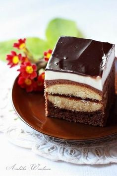 Usta Adama Ciasto: - 250 g margaryny (masła) - 1/2 szk… na Stylowi.pl Cupcakes, Cake Cookies, Cakepops, Traditional Cakes, Polish Recipes, Pumpkin Spice Latte, Four, Trifle, Sweet Tooth