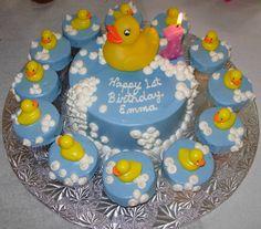 The Duck Birthday Cake Desktop Backgrounds HD - Foodswol. 1st Birthday Cake Designs, Latest Birthday Cake, 1st Birthday Cake For Girls, Boys 1st Birthday Cake, Birthday Cake Decorating, First Birthday Cakes, Birthday Ideas, Cupcake Birthday, Baby Shower Duck