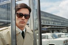"""French actor Alain Delon in """"Le Clan Des Siciliens"""" directed by Henri Verneuil Alain Delon, Le Clan Des Siciliens, Sarah Biasini, Wow Photo, Dario Argento, Old Flame, Lights Camera Action, Romy Schneider, Clint Eastwood"""