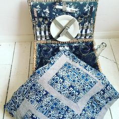 Time to pack a picnic... Will one blanket be enough? Got to love August in England... #picnic #fabric #liberty #libertyfabric #MyLiberty @libertylondon - Thanks to @booticketyblankets! #myliberty