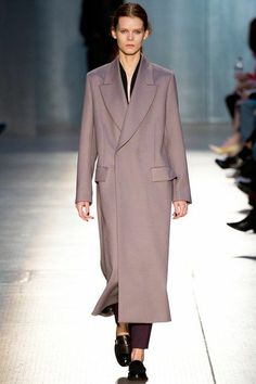 Paul Smith LFW Fall 2014: http://juliapetit.com.br/moda/apanhadao-lfw/