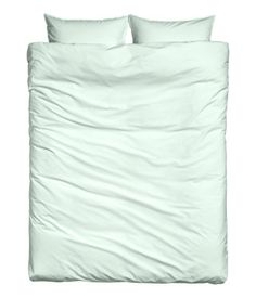 Mint green. CONSCIOUS. King/queen duvet cover set in densely woven organic cotton fabric. Washed for extra softness. Two pillowcases. Thread count 144.