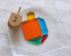 Fused Glass Hanukkah  Plate, Hanukkah Decor, Colorful Dreidel, Sevivon, Spinning Top, Judaica Glass Gift