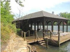 Good entertaining space on this sizable boat dock.