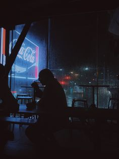 https://flic.kr/p/TS3b2g | neon drinks | shot on iPhone 7