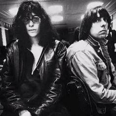 Joey Ramone & Johnny Ramone