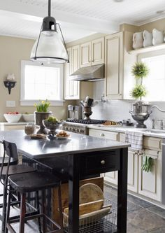 The fridge: http://www.stylemepretty.com/living/2015/04/26/clever-all-natural-spring-cleaning-tips/