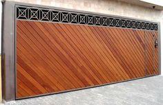 Portão de Madeira EP-304 pode ser revistido com madeira ipê ou jatoba no desenho vertical, diagonal, espinha de peixe ou losango (assoalho, deck ou lambril).