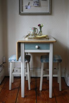 1950s Single Drop-Leaf Formica-top Table with Drawer