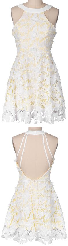 Lace beauty! A vintage style! With the light yellow color, you will be the prettiest girl here today! Best choice for a wedding! Get it at Cupshe.com