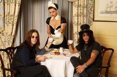 Rock n Rollers drink tea