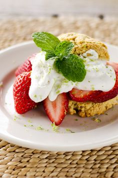 Quick and easy paleo strawberry shortcake with lime-infused whipped coconut cream is a great dessert any day of the week. Paleo Sweets, Paleo Dessert, Healthy Desserts, Dessert Recipes, Paleo Food, Paleo Diet, Keto, Sweet Desserts, Healthy Treats