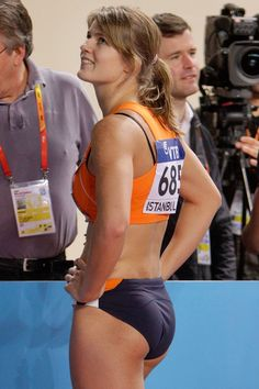 Dafne Schippers She's Exquisitely Stunning And So Fit Dafne Schippers, Beautiful Athletes, Women Volleyball, Volleyball Shorts, Athletic Girls, Gymnastics Girls, Sporty Girls, Sports Stars, Track And Field