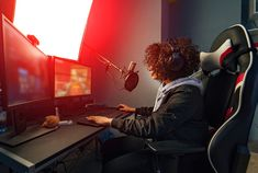 Professional Girl Gamer Plays In Video Game On Her Computer. She's Participating In Online Cyber Games Tournament, Plays At Home, Or In Internet Cafe. She Wears Gaming Headset Fun Games, Games To Play, Playing Games, Logo Word, Photoshop, Life Problems, News Games, Video Games, Gaming Headset
