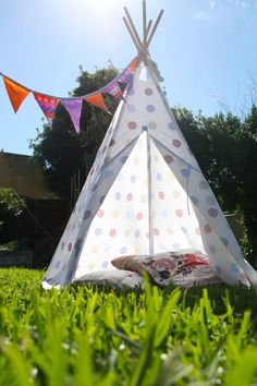 DIY Tee Pee. This Tutorial makes it look really simple do-able in a weekend! Definitely trying this over xmas holidays.