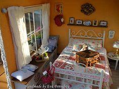 Detail of my Miniature Dollhouse bedroom (Handmade by Eva Perendreu)