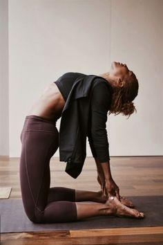 Ashtanga Yoga, Yoga Bewegungen, Yoga Flow, Yoga Dance, Yoga Art, Vinyasa Yoga, Yoga Inspiration, Fitness Inspiration, Motivation Inspiration