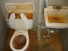 1000 images about interiors on pinterest kitchen sinks for Disgusting bathroom pictures