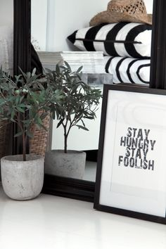 DIY Quote in Frame for Warrick's Side of the Room - Steve Job's Quote