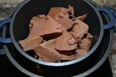 Bucataria Irinei...: Pasca cu ciocolata fara branza Peanut Butter, Plating, Deserts, Cake, Food, Kuchen, Essen, Postres, Meals