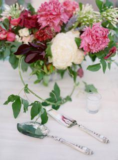 Colorful Beaulieu Garden Wedding