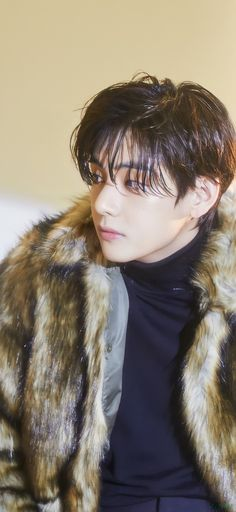 Bts Girl, Bts Boys, Daegu, Mixtape, V Model, V Bts Wallpaper, Actors Images, Kim Taehyung, Kpop
