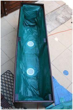 Des planches en bois pour structurer le jardin potager for Bac piscine a enterrer