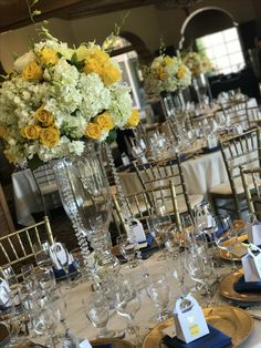 Pretty in yellow and white hydrangeas with sparkled crystal beads brings highlight to this venue in San Ramon, California.
