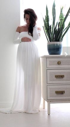Gorgeous white maternity gown | Maternity gown photo shoot baby shower maternity dress - babydoll | maternity photo shoot gown | maternity outfit | maternity dress | maternity gown | maternity style | white maternity gown | #ad