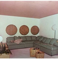 1970s baskets on the wall a big trend !