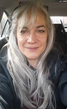 GGG long gray hair                                                                                                                                                                                 Mais